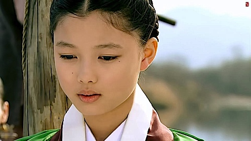 Kim Yoo Jung is a familiar face, a strong presence in Korean Dramas such as The Sun Embraces The Moon, and with the move to film will be a big star.